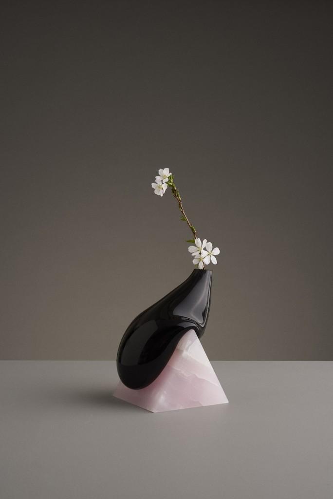 Vase Indefinite Model Large Duo Credits/ ©Erik Olovsson Courtesy of Galerie kreo