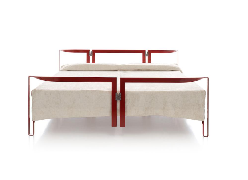 """Lit """"Vanessa"""" métal laqué, design Tobia Scarpa, Cassina, Simon Collezione"""
