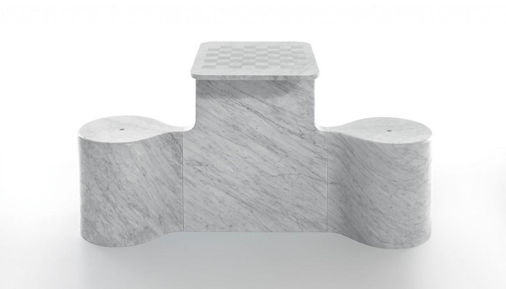 Table d'échecs Two Mates en marbre, design Ross Lovegrove, Marsotto Edizioni