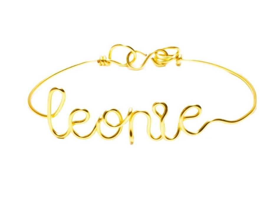 Bracelet tour de poignet à message en fil de cuivre doré à l'or fin, réalisé à la main Atelier Paulin